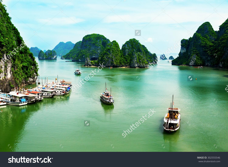 Halong Quang Ninh Vietnam July 2 Stock Photo 302555546.
