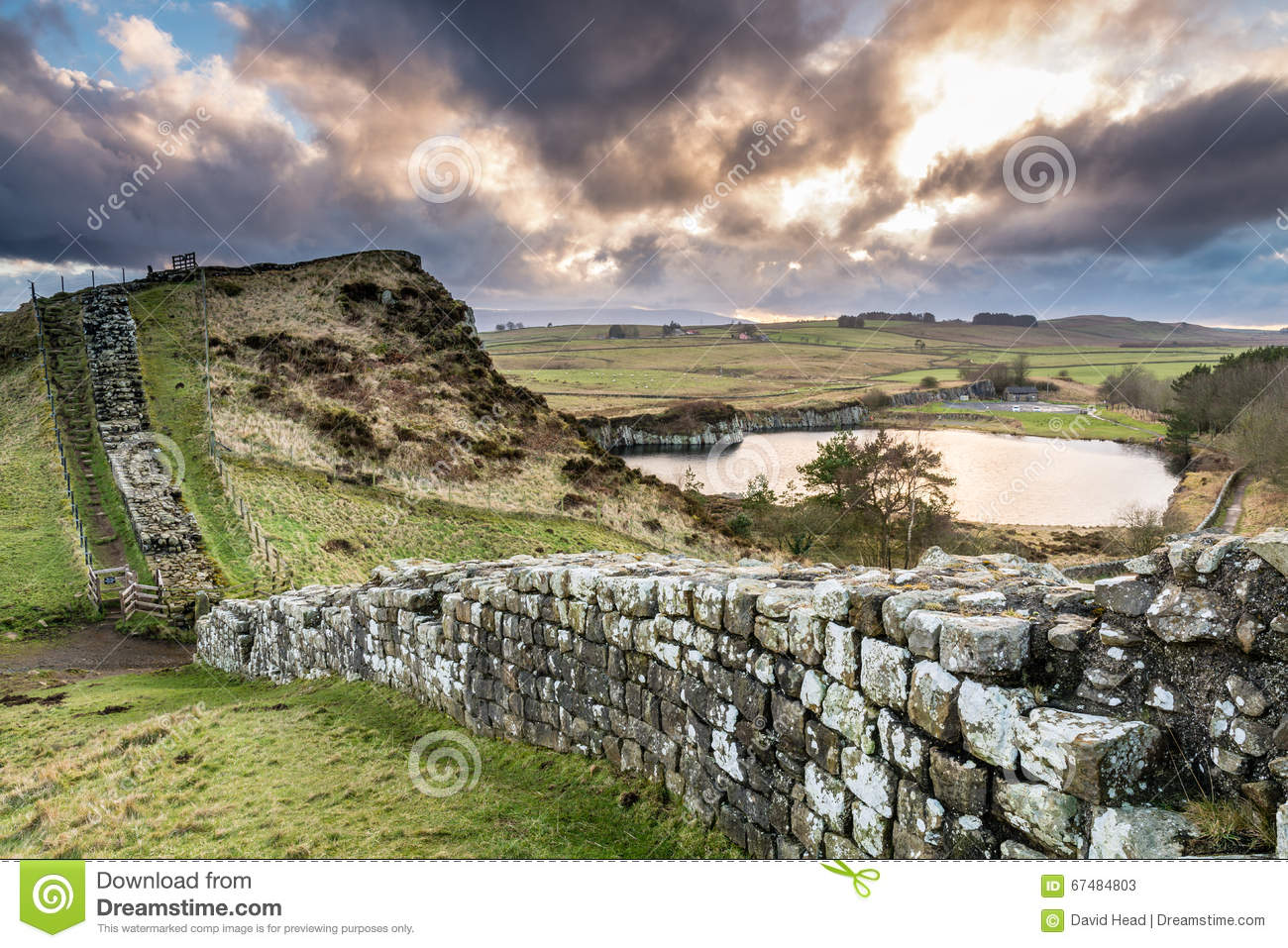 Hadrian's Wall Above Cawfield Quarry Stock Photo.