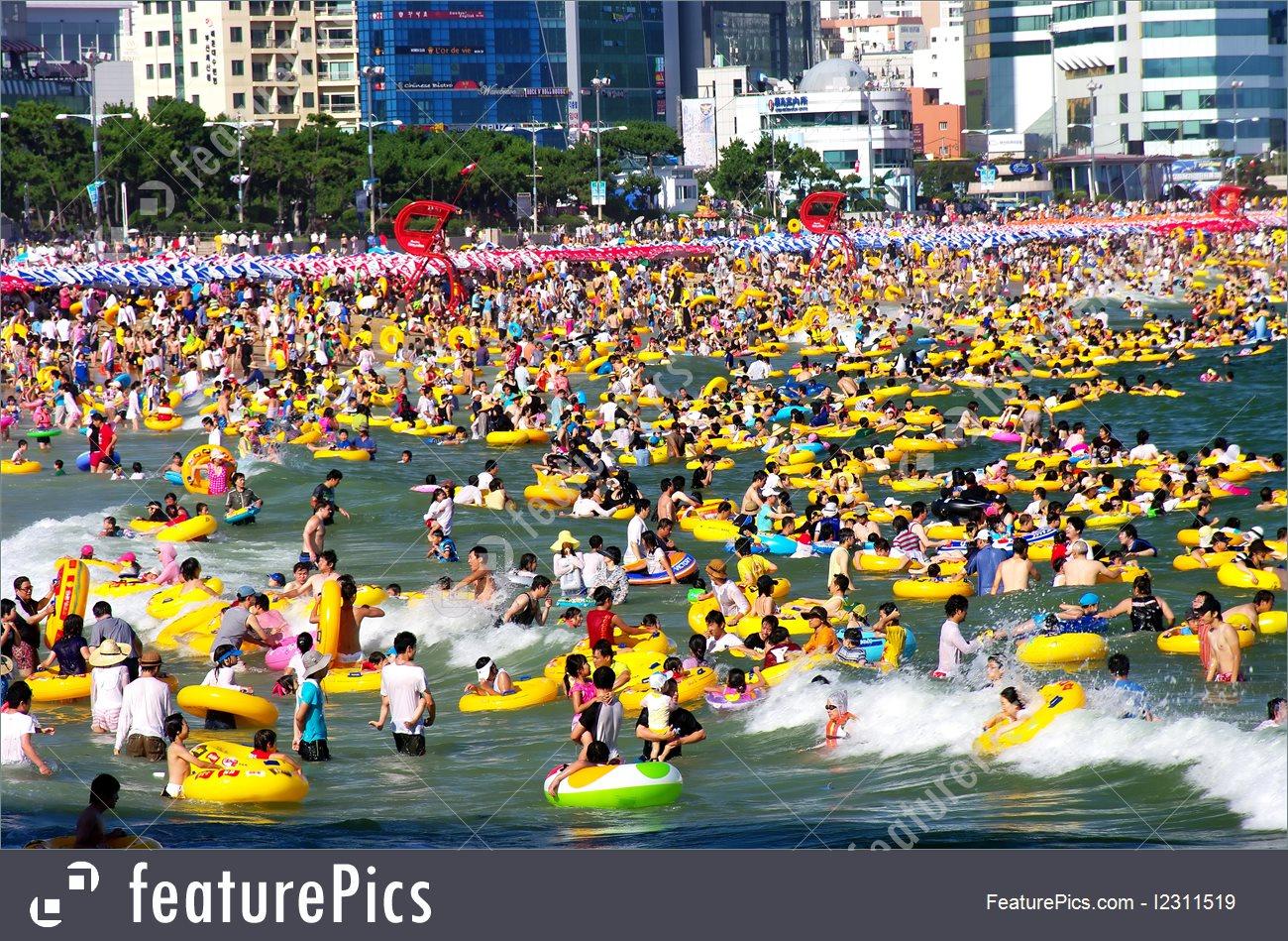 Nature Landscape: Swimming At Haeundae Beach.