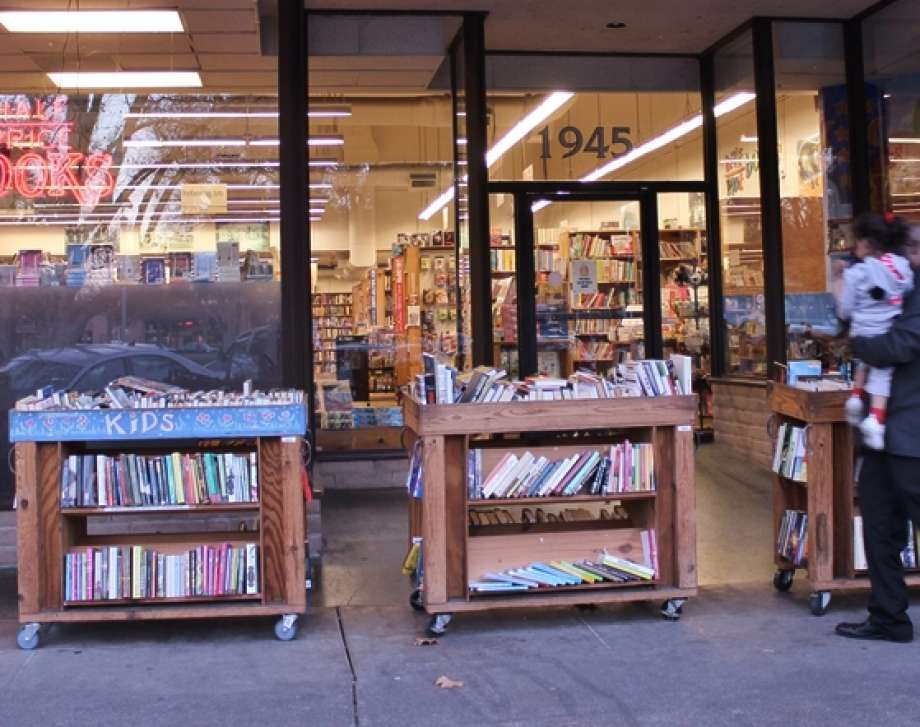 Longstanding East Bay bookstore to close after losing lease.