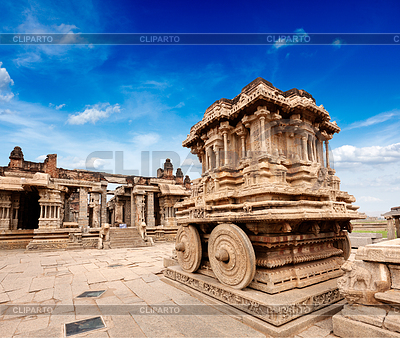 Stone chariot in Vittala temple. Hampi, Karnataka,.