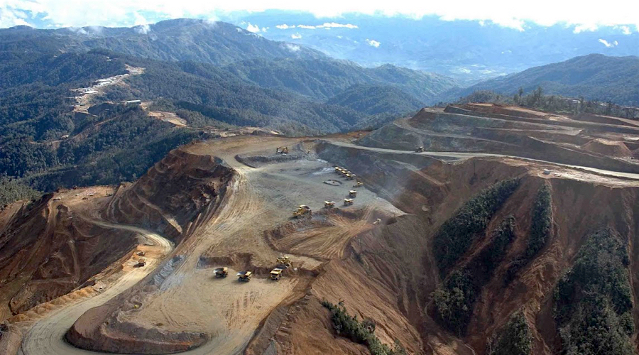 Harmony buys out Newcrest stake in Hidden Valley gold mine.