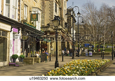 Stock Photography of England, North Yorkshire, Harrogate, People.