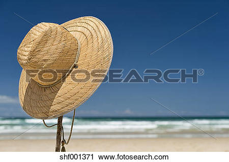 Stock Photography of Australia, New South Wales, Byron Bay, Broken.