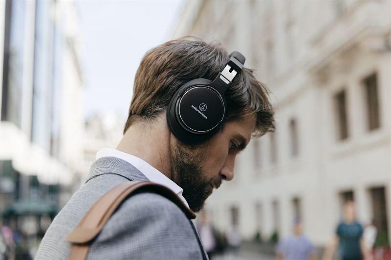Top 10 Best Headphone Brands in the World.