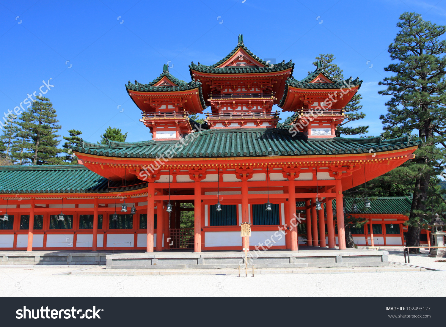 Heian Shrine, Kyoto, Japan Stock Photo 102493127 : Shutterstock.