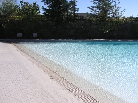 Kid Friendly Pool.