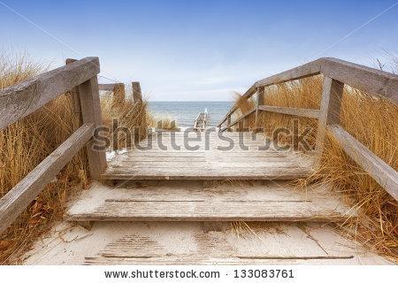 Beach Winter Stockfoto's, rechtenvrije afbeeldingen en vectoren.