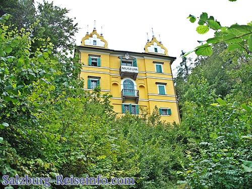 Das Monatsschlössl in Hellbrunn.