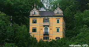 Monatsschlössl Hellbrunn : Volkskundemuseum Salzburg.