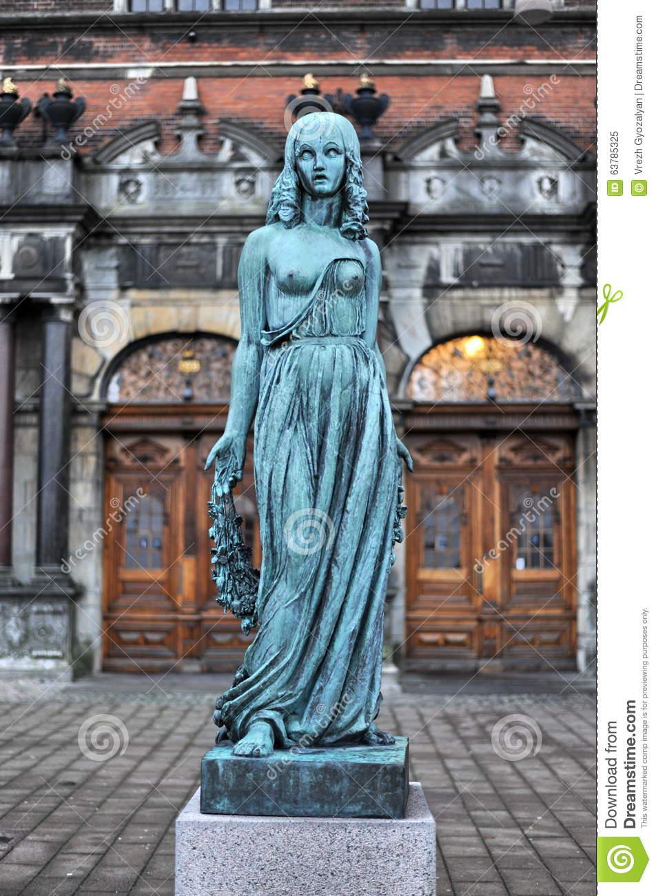 Statue Of Ophelia,Railway Station, Helsingor Stock Photo.