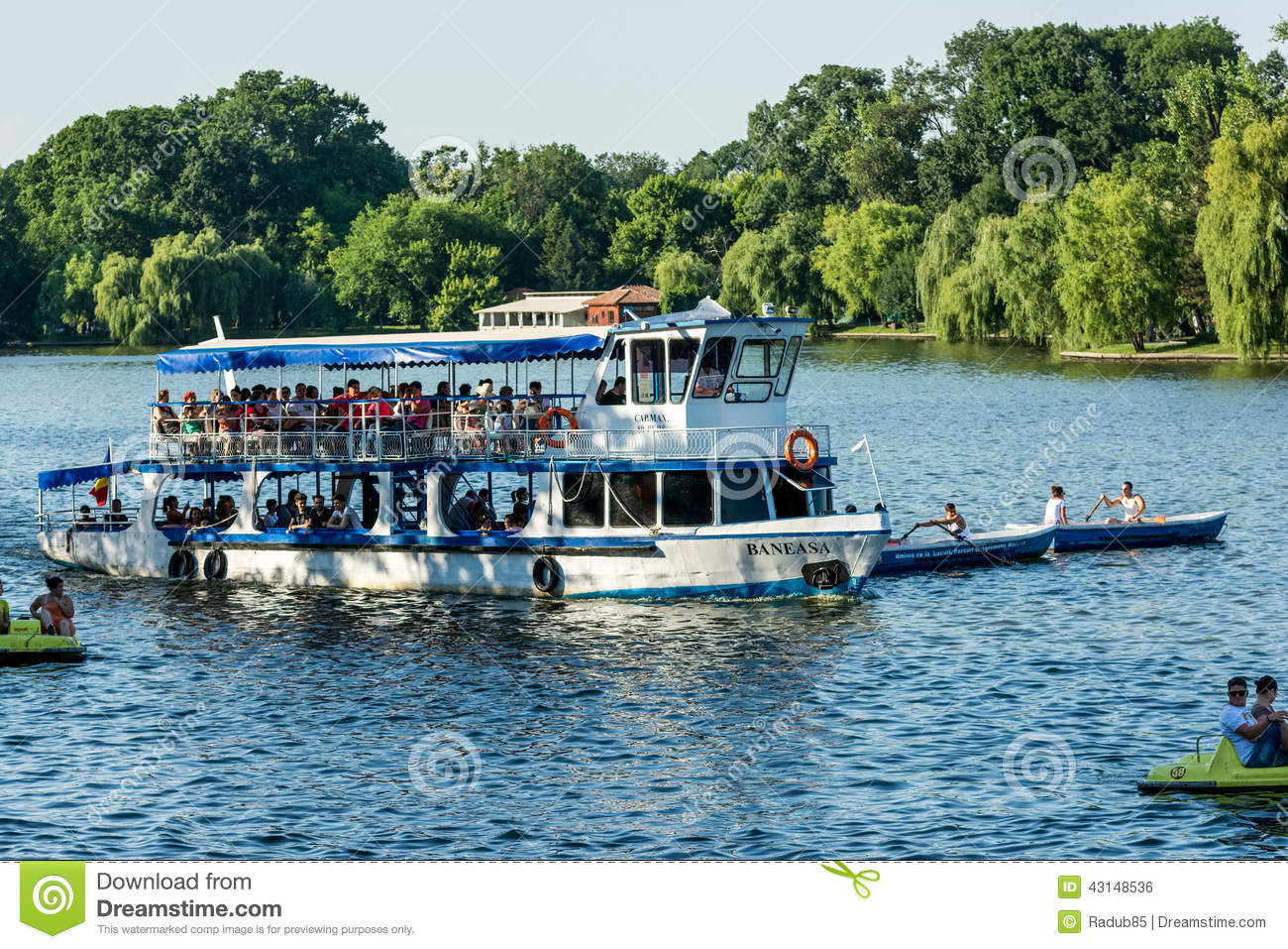 Ferry Boat Ride On Herastrau Lake Editorial Photo.
