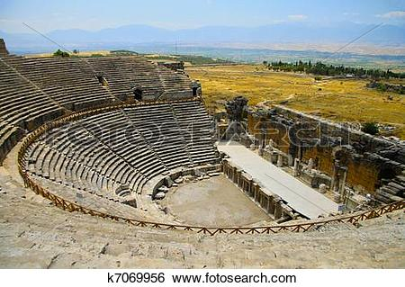 Stock Images of Turkey. Pamukkale. Hierapolis di frigia. k7069956.