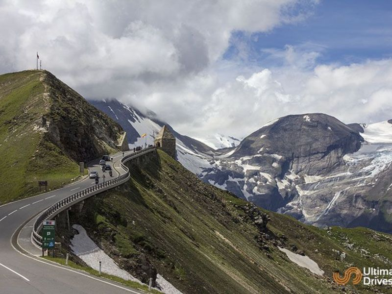Top 10 Roads : Driving Routes : Greatest Roads in Europe: View now.