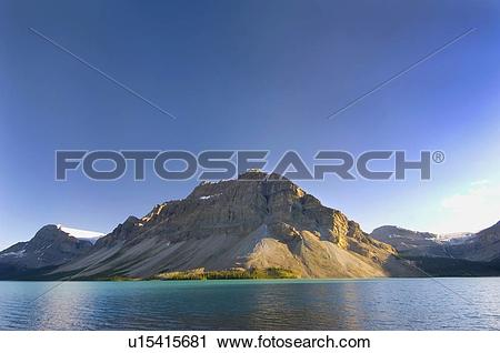 Stock Photography of view of mountains, glaciers and bow lake.