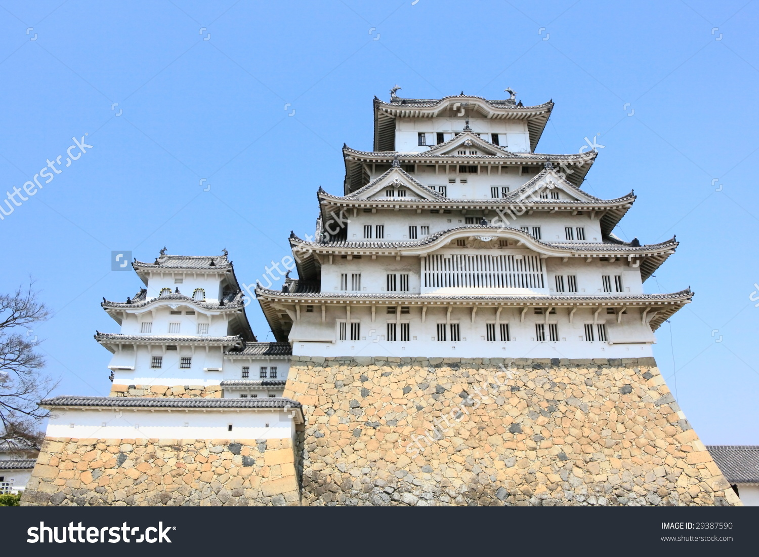 Front View Of Himeji Castle Stock Photo 29387590 : Shutterstock.