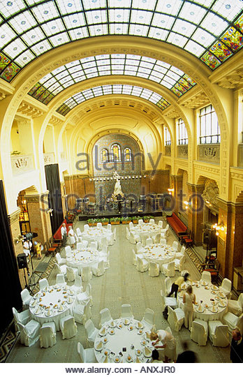 Catering Dome Stock Photos & Catering Dome Stock Images.