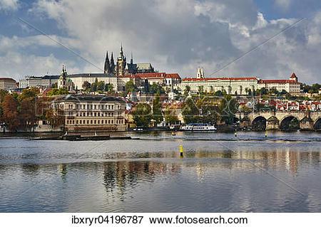 Picture of Charles bridge, Prague Castle and historic centre.
