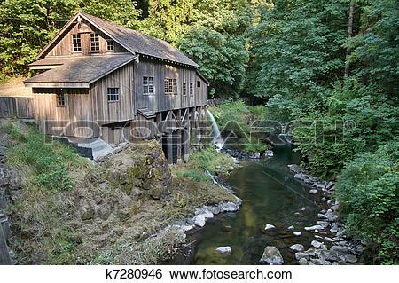 Stock Images of Historic Grist Mill along Cedar Creek k7280946.