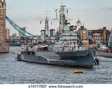 Picture of HMS Belfast anchored near Tower Bridge k14717007.