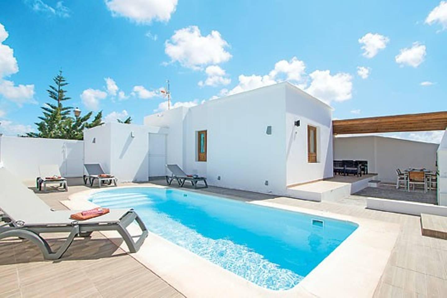 Top 20 Holiday Lettings Playa Blanca, Holiday Rentals & Apartments.
