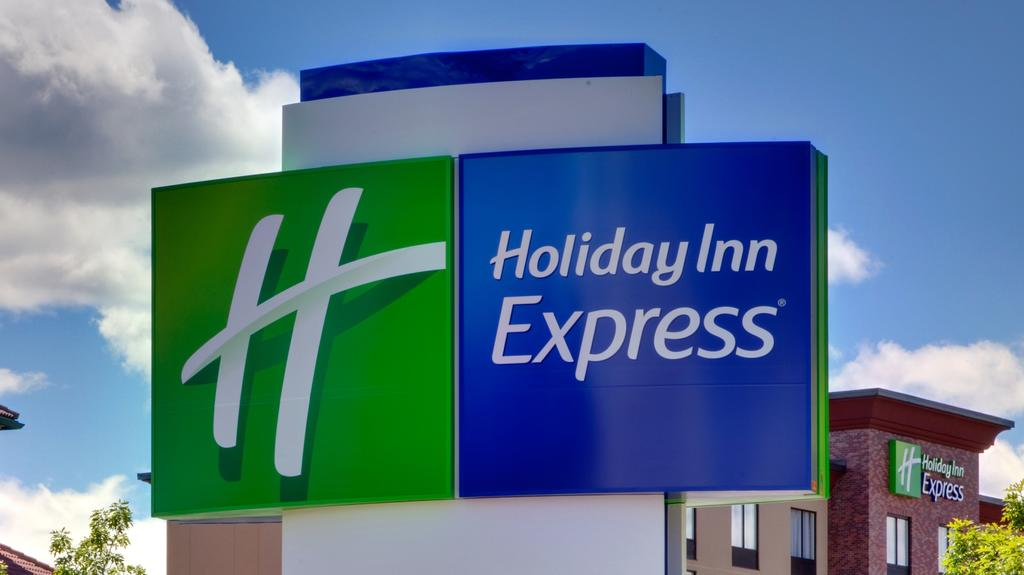 Holiday Inn Express & Suites.