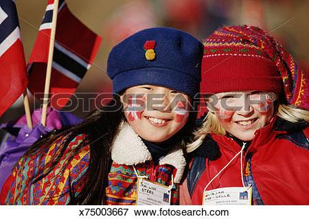 Picture of WINTERSPORT SPECTATORS HOLMENKOLLEN, NORWAY x75003667.