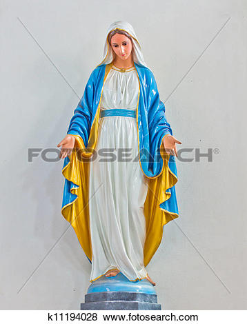 Pictures of Statues of Holy Women in Roman k11194028.