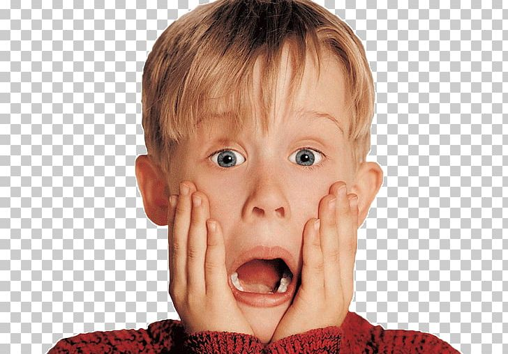Macaulay Culkin Home Alone Film Series Kevin McCallister Actor PNG.