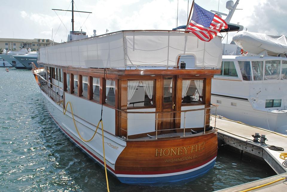 Free photo Palm Beach Honeyfitz Presidential Yacht.