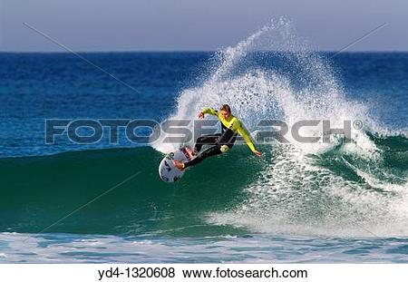 Pictures of Surfer in Hossegor, Quiksilver Pro France, South West.