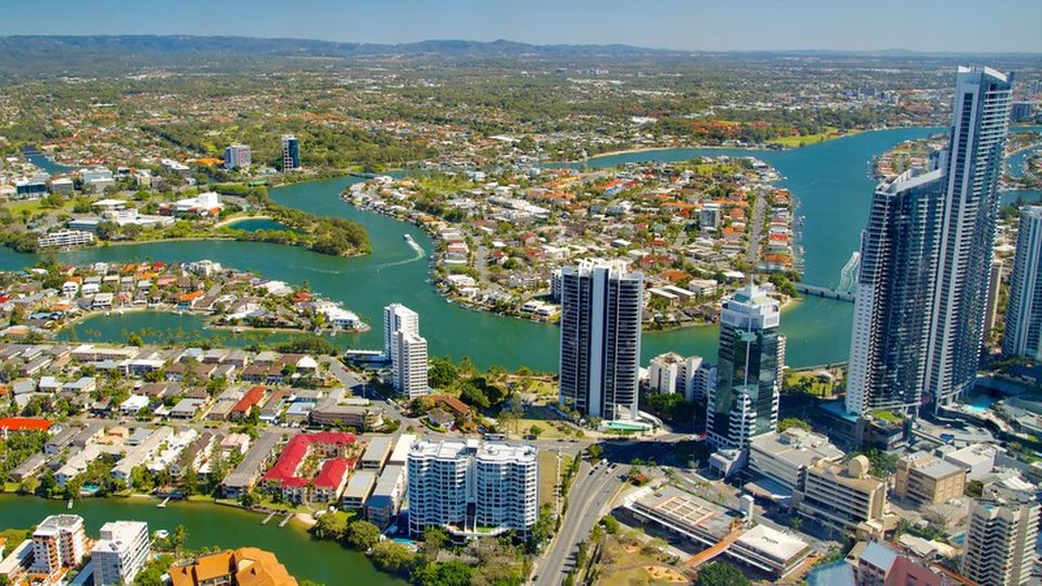 Gold Coast Accommodation: Flaming Deals For Accommodation Gold.