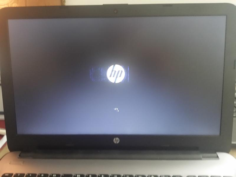 Hp laptop win10 stuck at the start screen resolved.