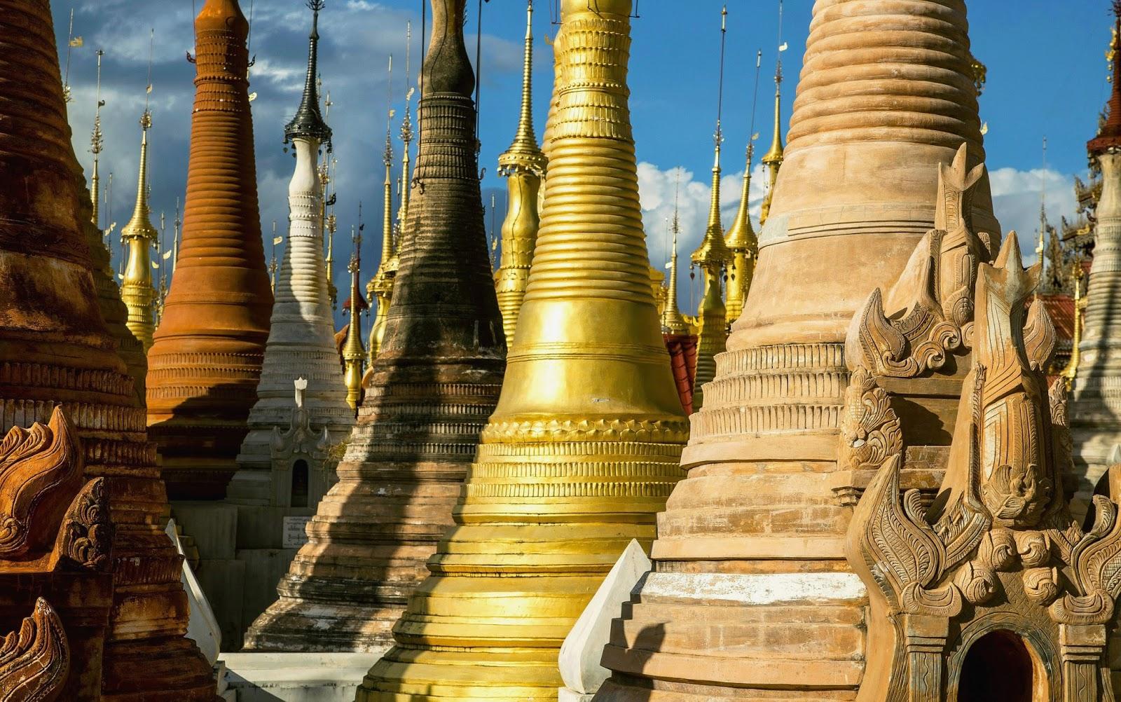Leikyunyinaung Paya, Myanmar (Burma) 2019.