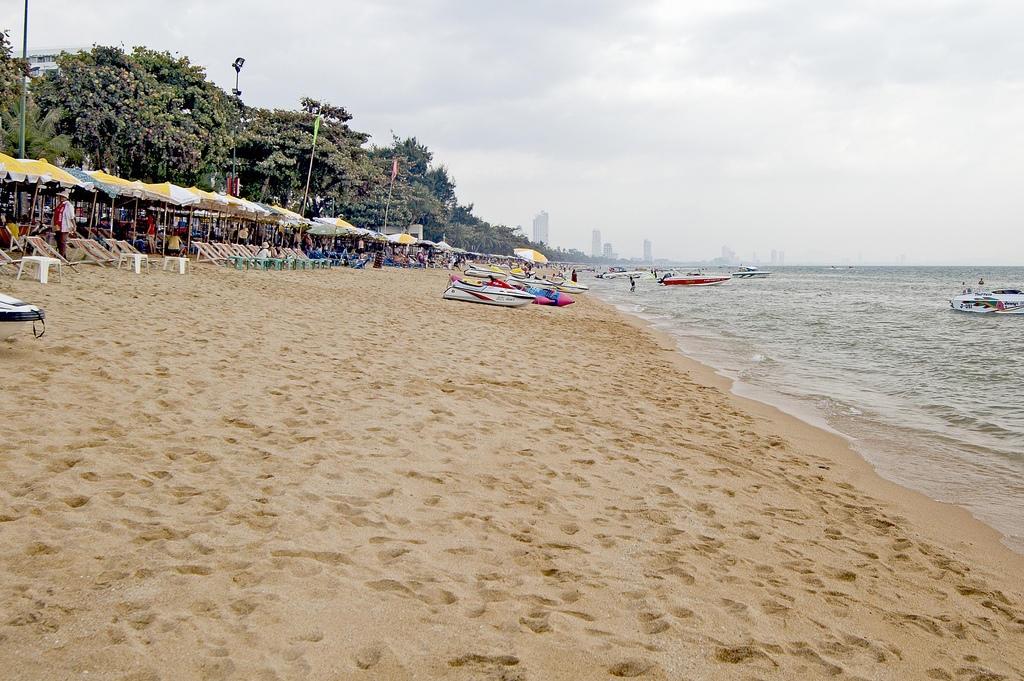 Jomtien Beach, Thailand 2019.