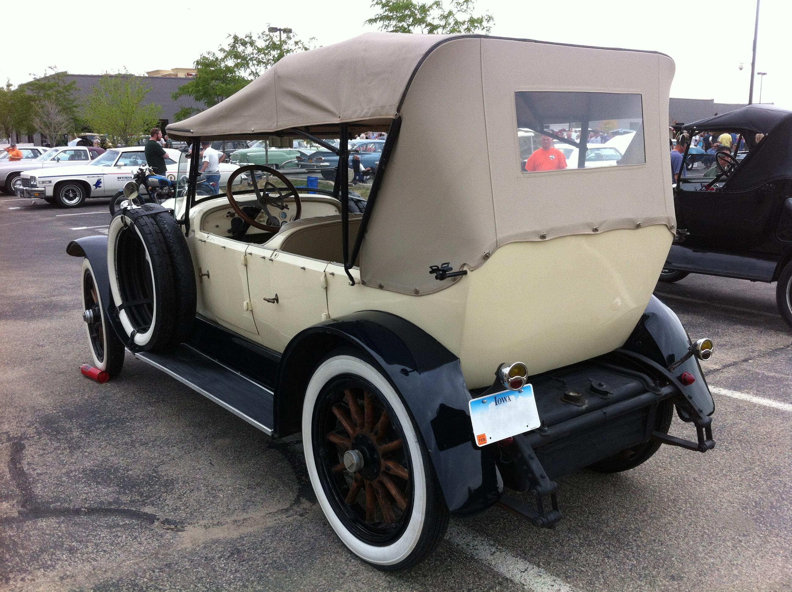 File:1921 Hudson Phaeton AACA Iowa 2012 rl.jpg.