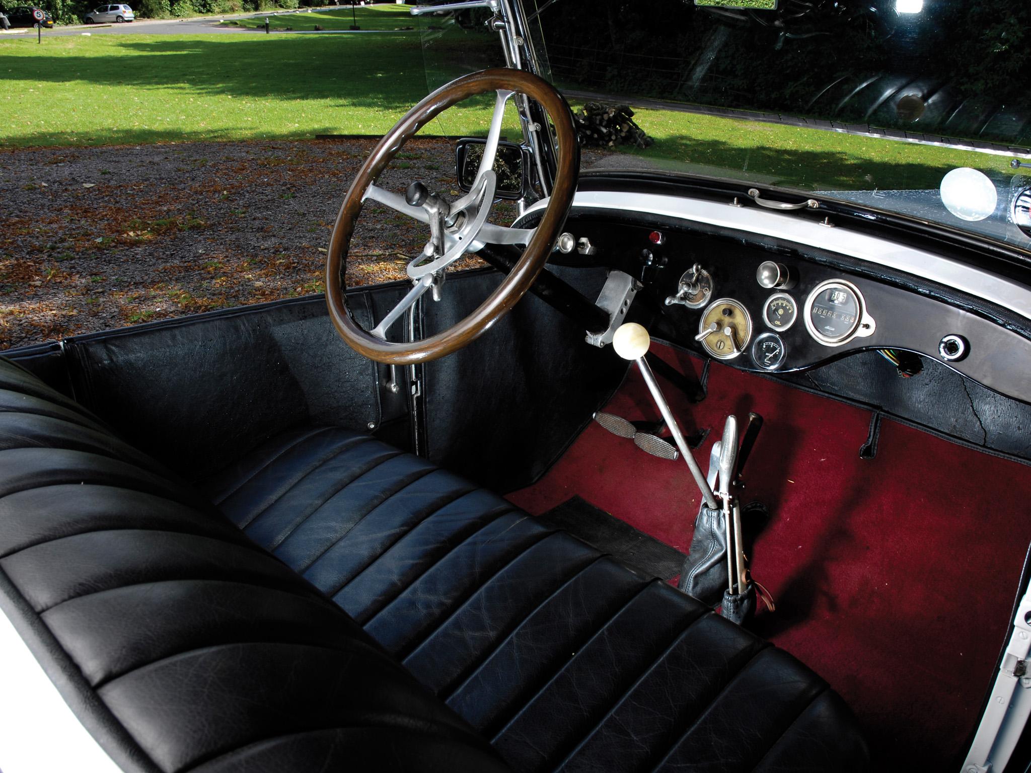 Interior 1921 Hudson Super Six Phaeton.