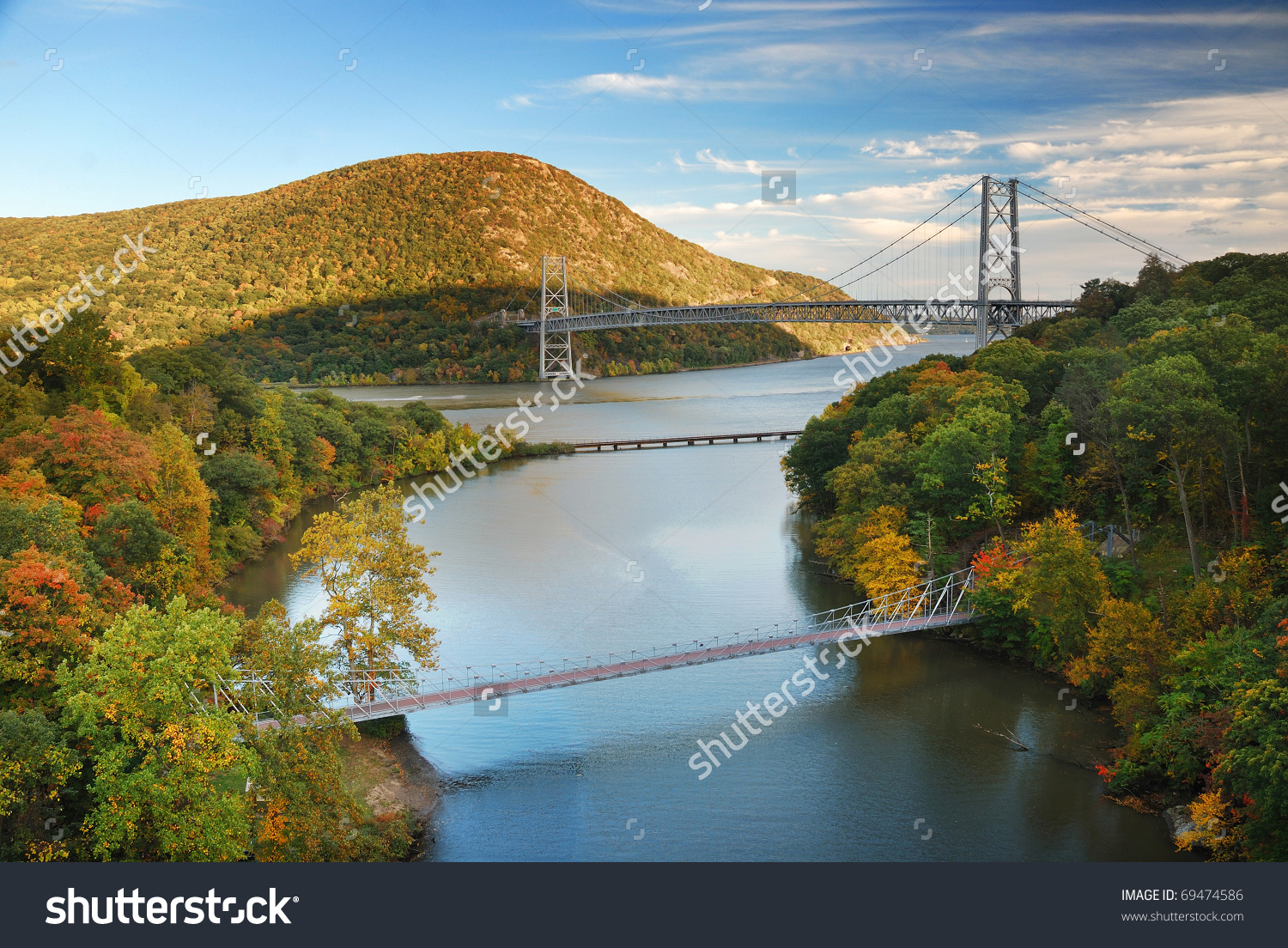Hudson River Valley Autumn Colorful Mountain Stock Photo 69474586.