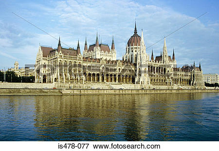 Picture of Hungarian parliament building is478.