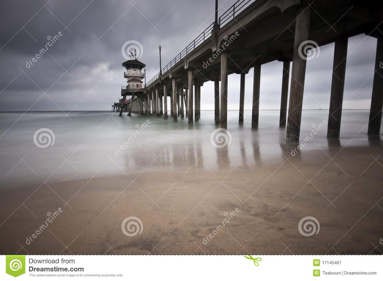 Huntington beach pier clipart.