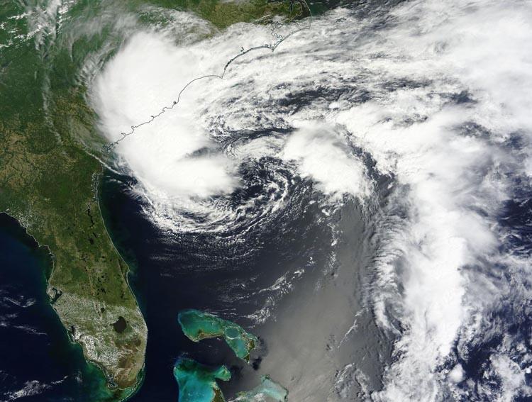 Hurricane Hunters Find 50 mph Winds in 90L; Cat 3 Noul Aims at.