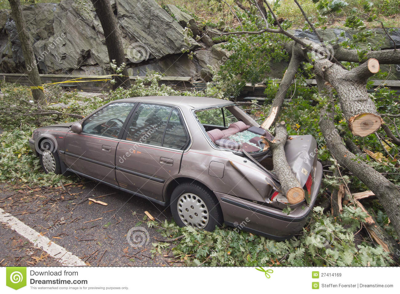 Car Damaged By Hurricane Sandy Editorial Stock Image.