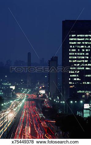 Pictures of SAO PAULO, BRAZIL, AVENIDA 23 DE MAIO, DUSK, OVELISK.