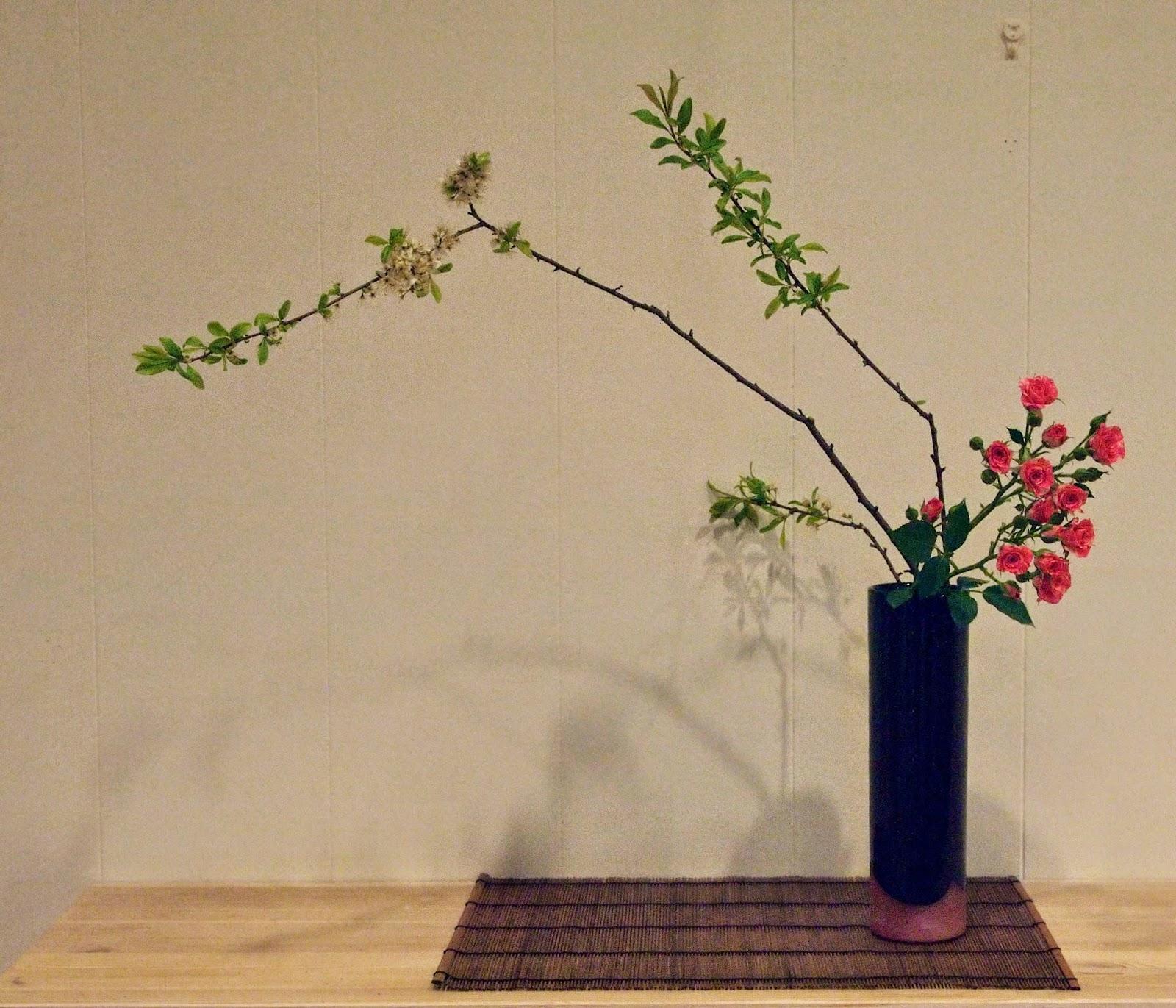 The Nordic Lotus Ikebana Blog: May 2014.