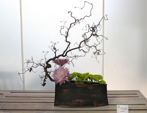 17 Best images about Floral arrangements Ikebana on Pinterest.