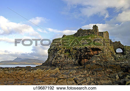 Stock Photo of Scotland, Highland, Isle of Skye, A view toward.