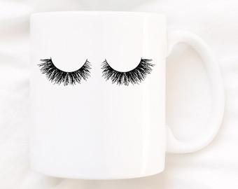 Eyelashes mug.