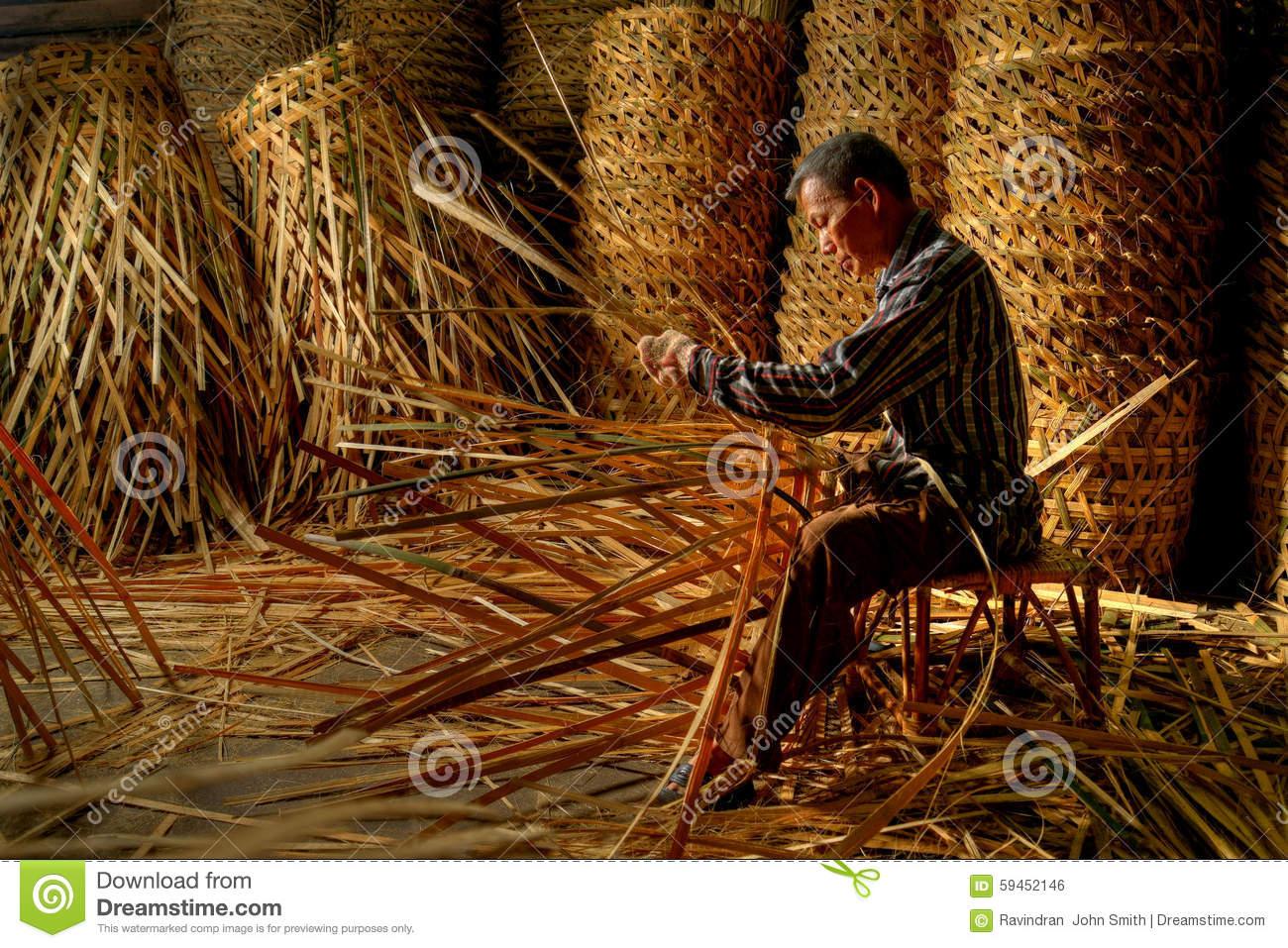 Basket Maker, Tlacolula Market Mexico Editorial Photography.