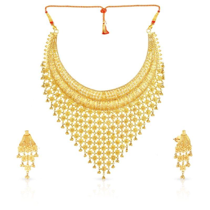 Buy Malabar Gold Necklace Set Mhaaaaawpeob For Women Online.