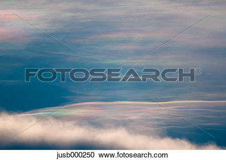 Stock Photography of Iridescent clouds jusb000250.